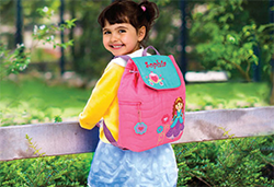 Little girl with personalized Bag