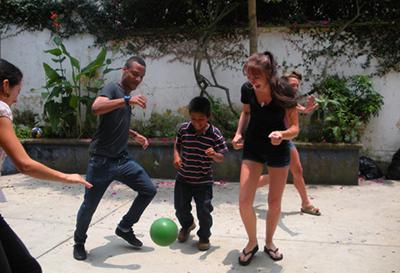 study-abroad-playing