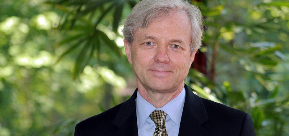 Adelphi Welcomes Steve Everett, D.M.A.