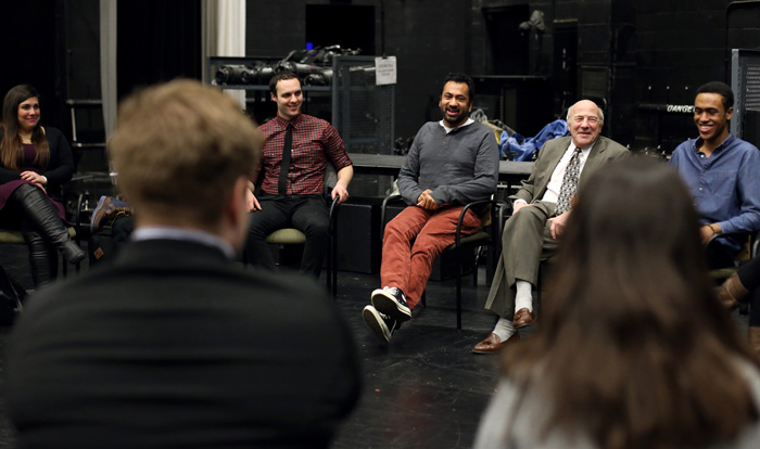 Penn in the master class with theater students.