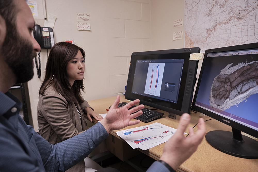 Sae Bom Ra 19' with Professor D'Emic designing graphics on Adobe Photoshop